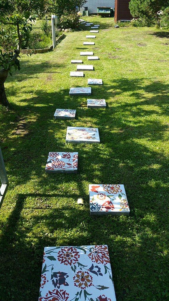 Schablone Betonplatte für Gartenidyll