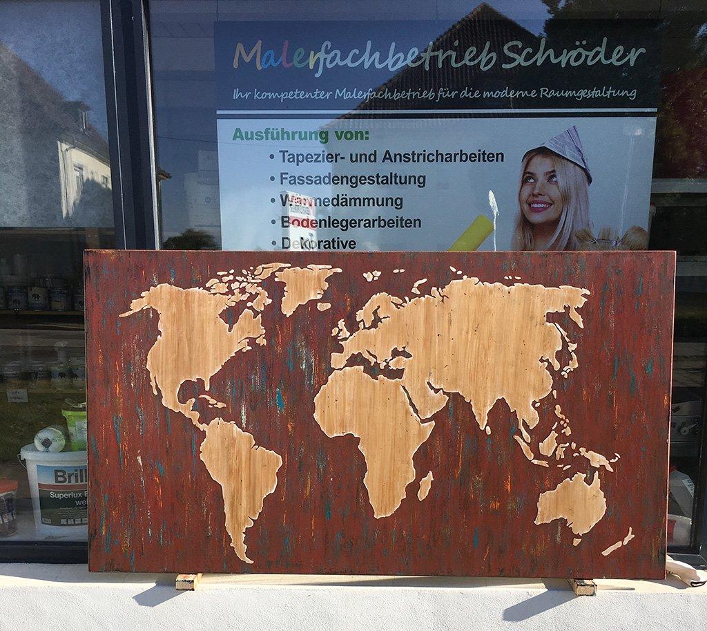 Weltkarte mit Schablonentechnik